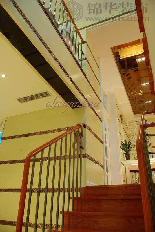 如何做楼梯模板